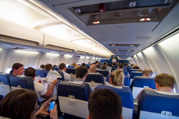 На борту самолета Добролет