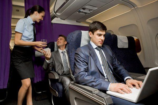 Пассажир, пользующийся интернетом