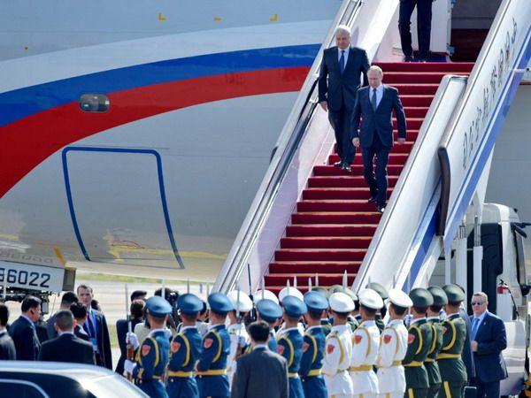 Прилёт В. Путина в Пекин, КНР