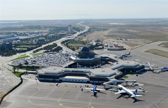 Аэропорт Гейдар Алиев