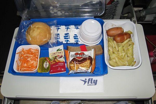 Питание на борту самолета Ай Флай (Эконом-класс)