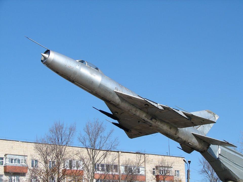Как выглядел легендарный двухмоторный самолет «Су-9»
