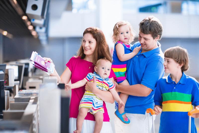 Путешествие авиалиниями всей семьей
