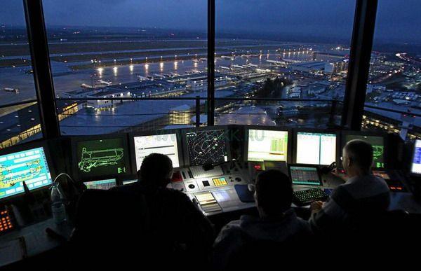 Работники невидимого фронта – профессия авиадиспетчера