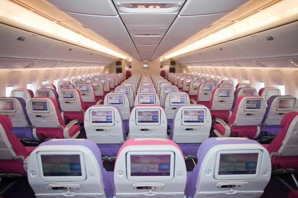 Салоны эконом-класса самолетов Тайэрвейс