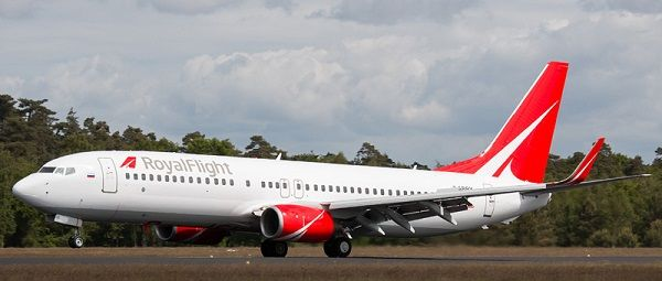 Boeing 737-800 «Роял Флайт»