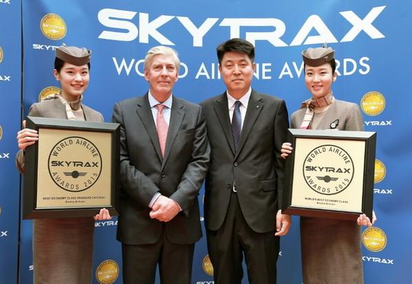 Директор авиакомпании АсианаЭйрлайнс на награждении Skytrax