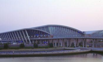 Здание аэропорта Пудун