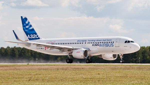 Часто используемый компаниями лоукосторами самолёт Airbus 320