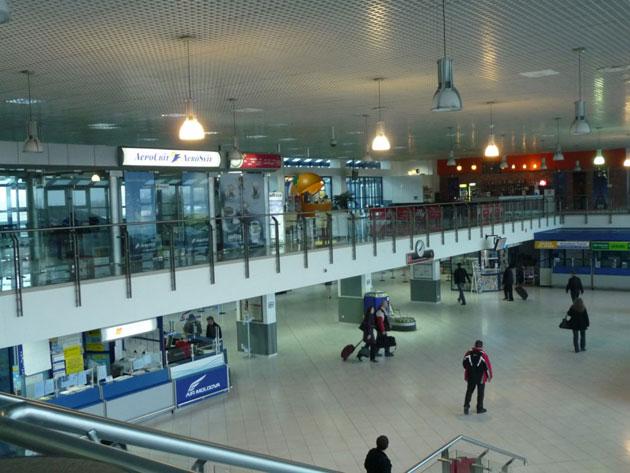 Терминал внутри Кишиневского аэропорта