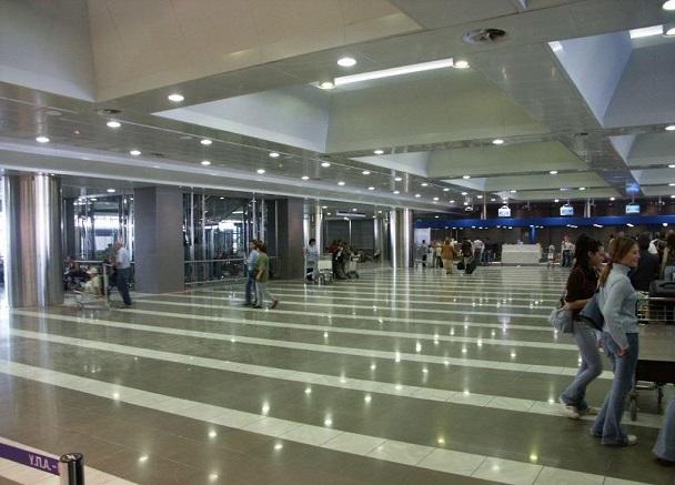 Аэропорт Македония внутри