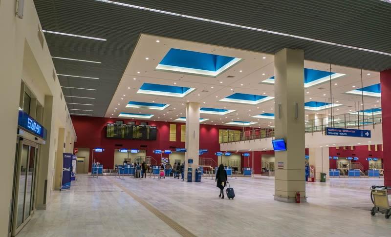 Главный холл аэрапорта Ханья