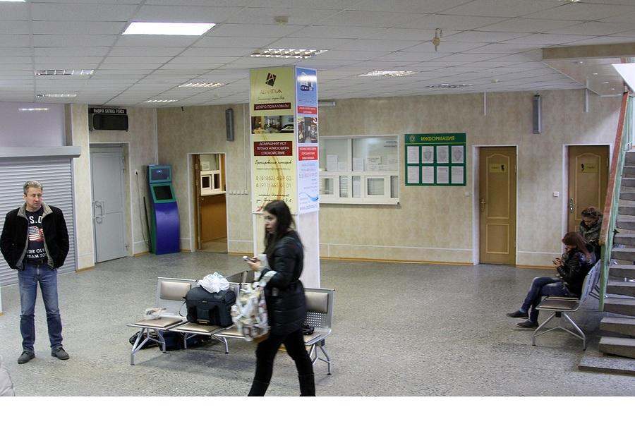 Кассы в здании аэровокзала