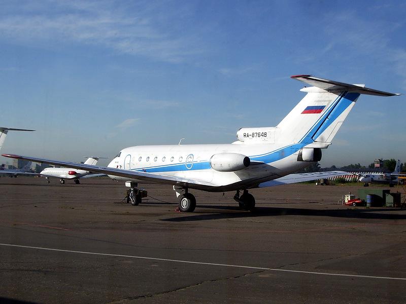 Практически все типы самолетов могла ремонтировать база аэропорта