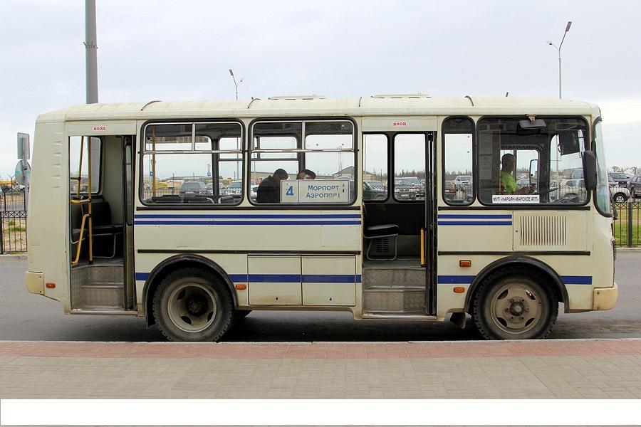 Автобус довезет до города