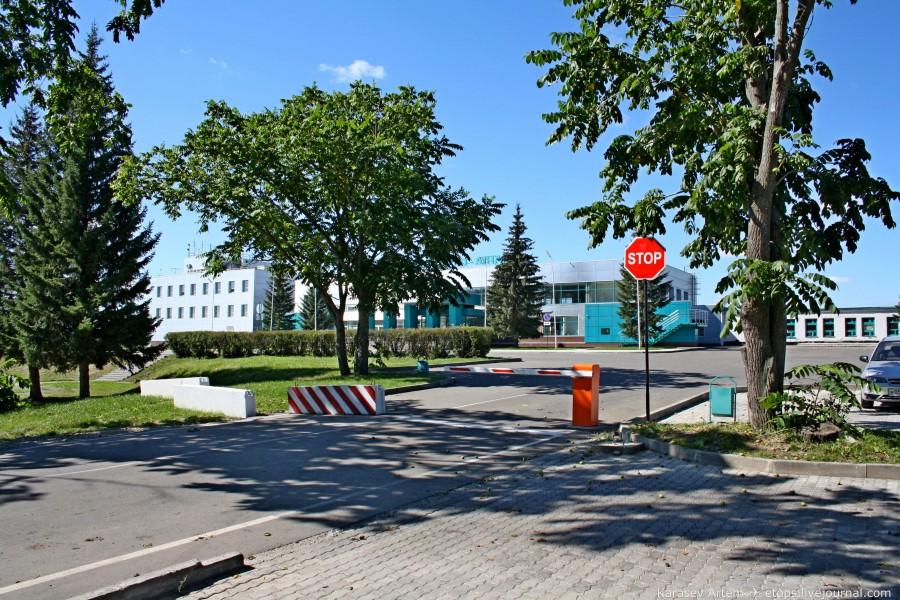 Бесплатная парковка в аэропорту Горно-Алтайска
