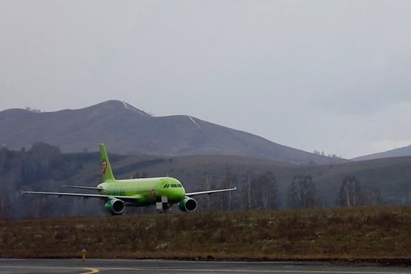 Самолеты S7 – частые гости в аэропорту г. Горно Алтайск