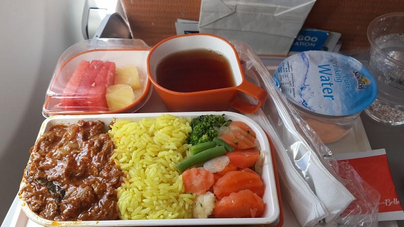 Горячий обед на борту