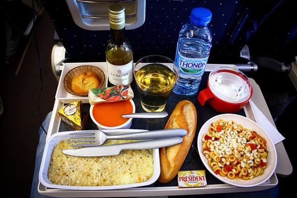 Питание на борту Эйр Франс