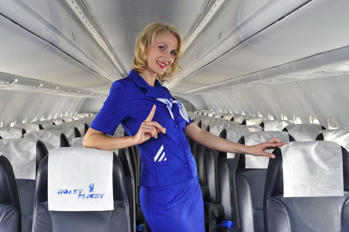 На борту самолета SAAB-2000, принадлежащем авиакомпании Полет