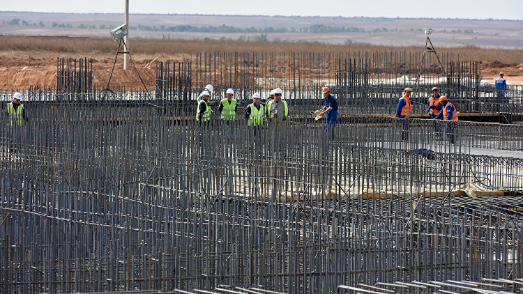 Процесс реконструкции аэропорта Симферополь (заливка фундамента аэровокзального комплекса)