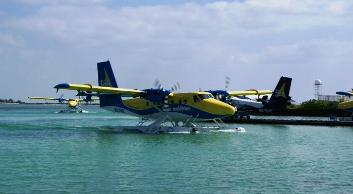 Гидросамолет для перевозки пассажиров на острова из аэропорта
