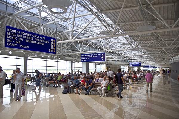 Внутри терминала D