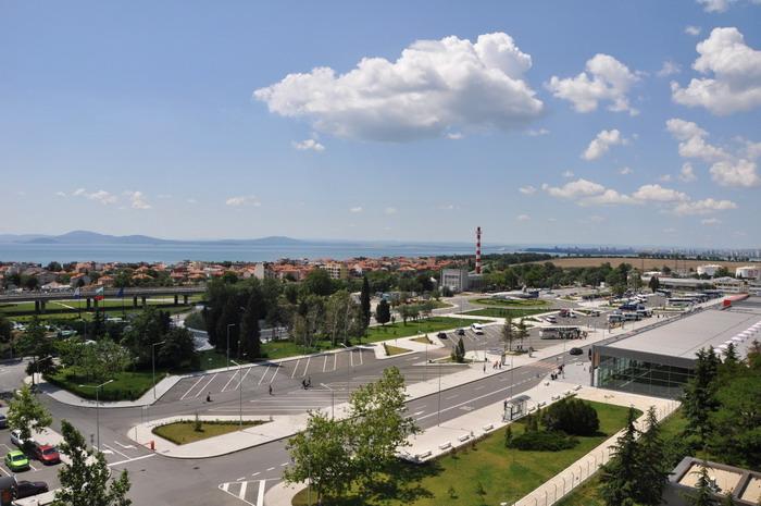 Поселок Сарафово напротив аэропорта