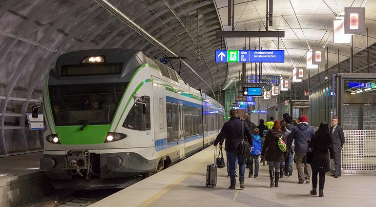 Платформа поезда в аэропорту Вантаа