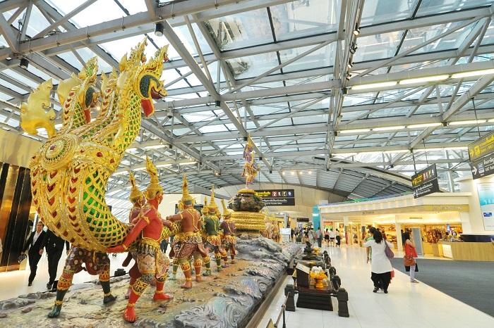 Аэропорты Таиланда соединяют в себе урбанистическую архитектуру и вековые традиции