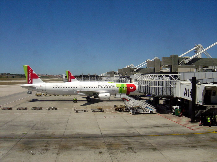 Самолет ТАР-Portugal