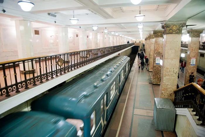 Вид на Комсомольскую станцию