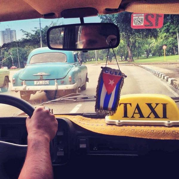 Такси – наиболее комфортный способ добраться из аэропорта