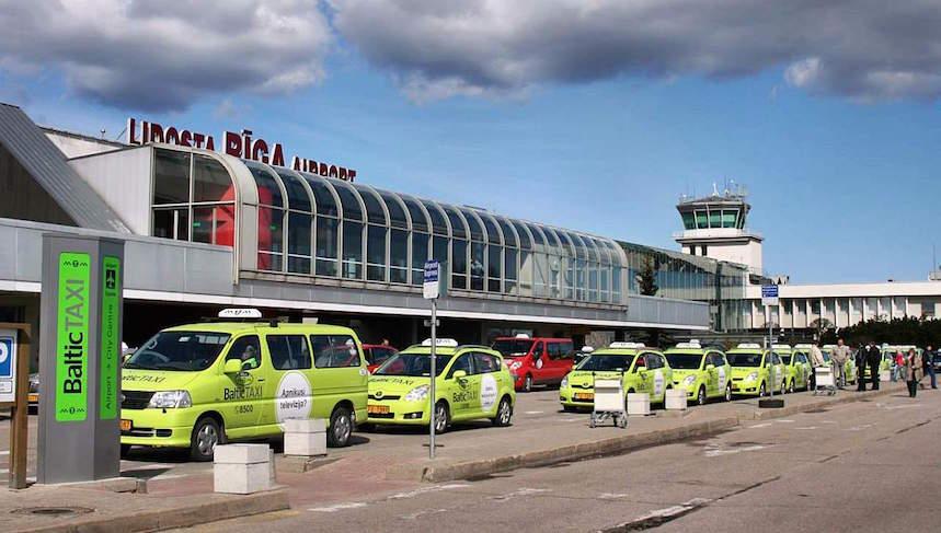У Рижского аэропорта