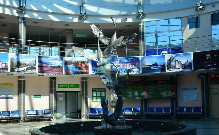 Терминал аэропорта Салехард изнутри