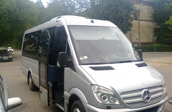Трансферный микроавтобус