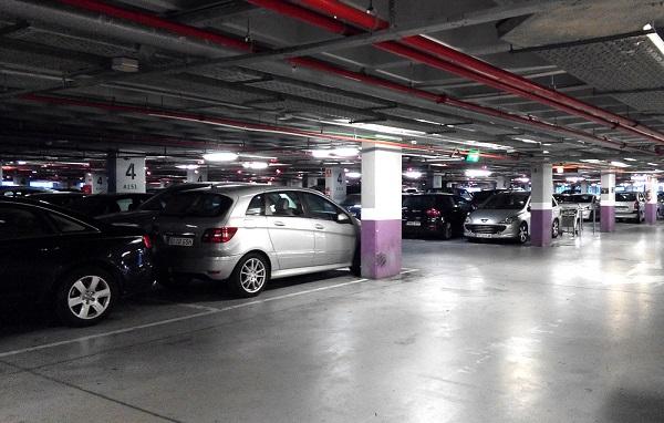 Общая крытая парковка аэропорта Аликанте