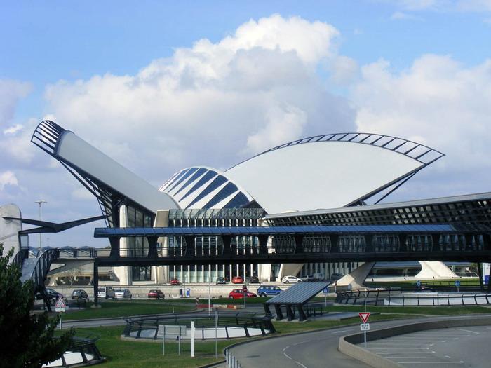 Шарль де Голль – главный аэропорт страны