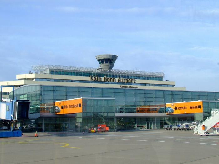 Аэропорт имени Конрада Адэнауэра