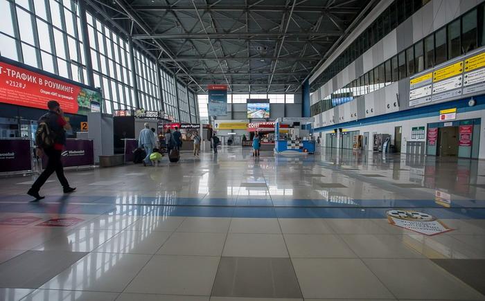 Первый этаж аэропорта