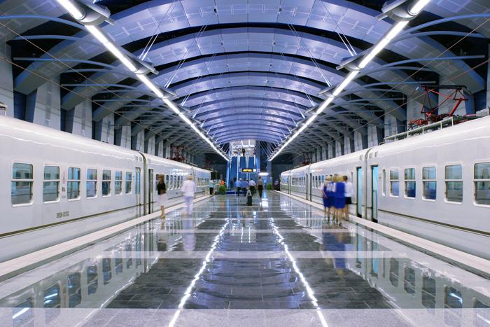 Так выглядит подземная часть терминала аэропорта и платформа аэроэкспресса