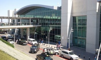 Рис. 1 Аэропорт Ларнака