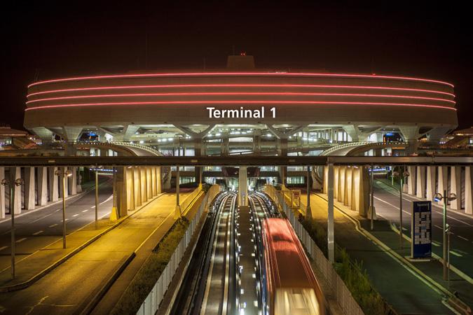Парижский аэровокзал, терминал 1, вид снаружи