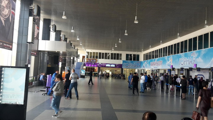 Терминал аэровокзала Махачкалы изнутри