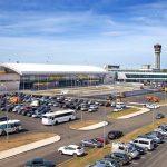 Парковка у аэропорта Казани