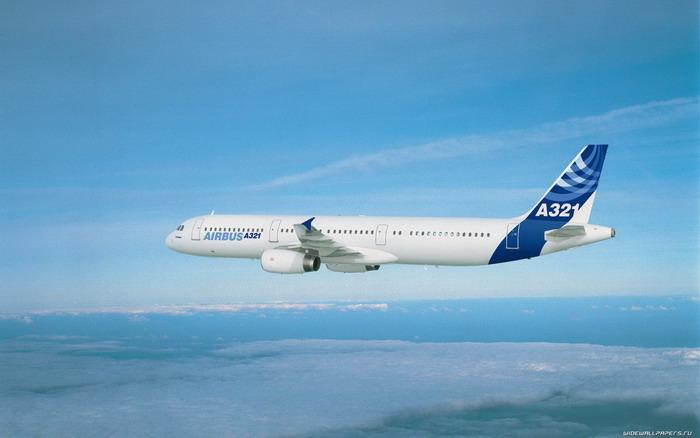 Самолёт Airbus a321