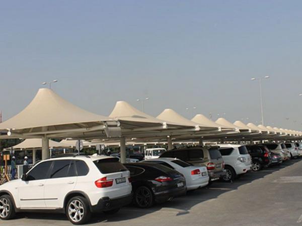 Парковки около аэропорта