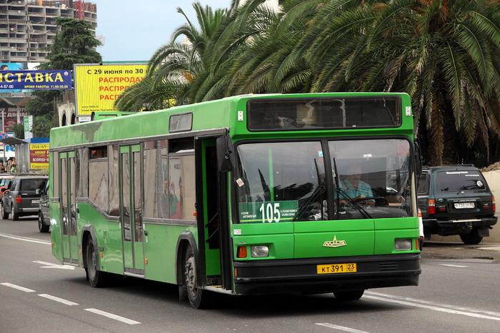 Автобус № 105 в пути