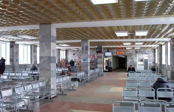 Зал ожидания аэропорта Новый Уренгой