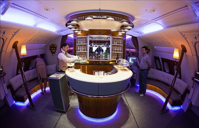 Бар для пассажиров бизнес класса